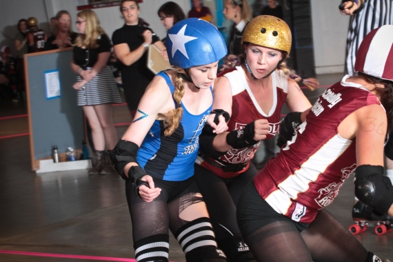 Tula laying a hit on Santa Cruz jammer